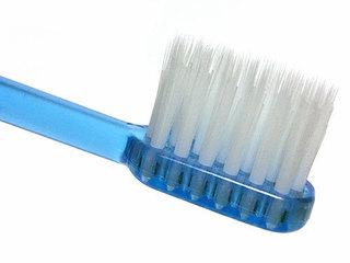 アパガードロイヤル歯ブラシは1列植毛