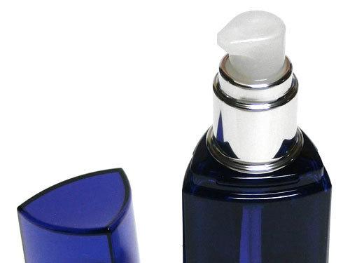 デミ パタゴニックオイル イセベルグ モイストはプッシュ式のヘアオイル
