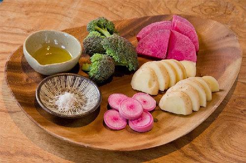 離島キッチン、小豆島の温野菜バーニャカウダ