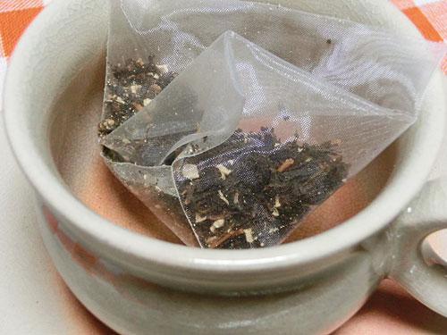 癒しの薔薇スイーツセットで選べる紅茶