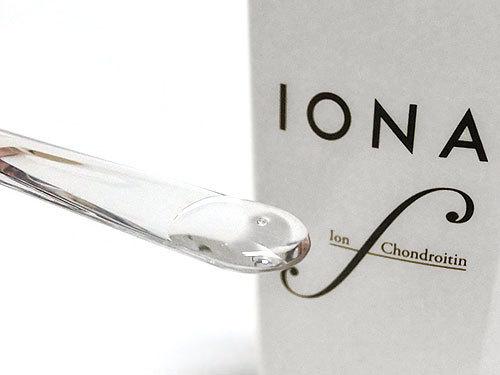 イオナ エフ リッチローションは、とろみのある化粧水