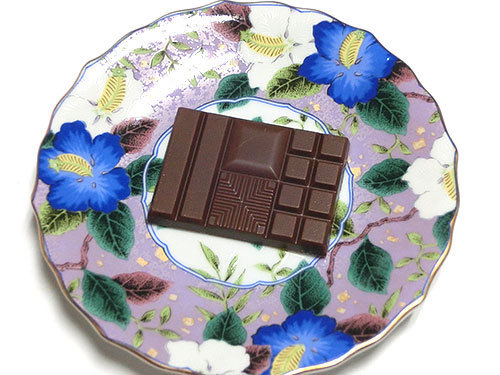meiji THE Chocolate(明治 ザ・チョコレート)、1袋開封したチョコレート