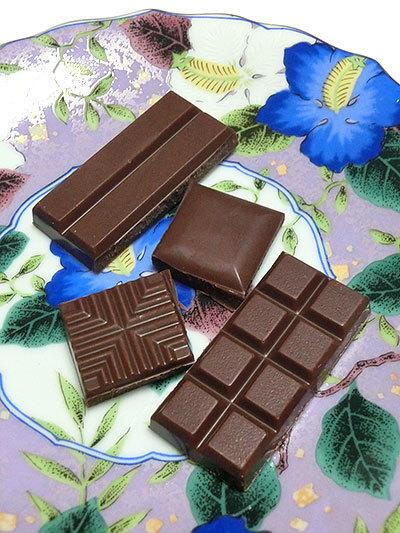 meiji THE Chocolate(明治 ザ・チョコレート)、いくつか割ってみたチョコ