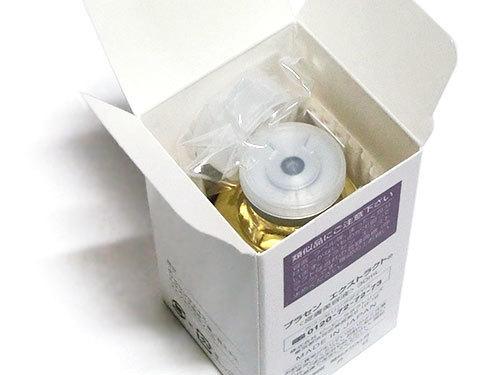箱に入った開栓前の、水溶性プラセンタエキス原液
